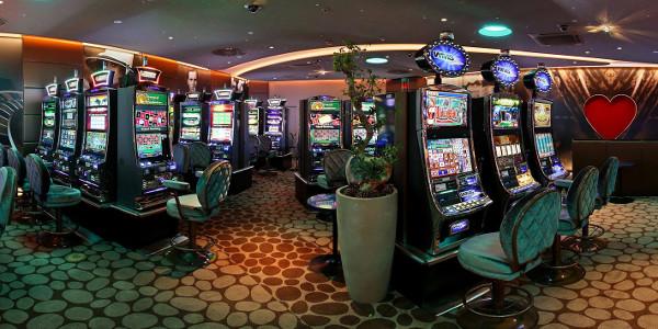 Интернет-казино предлагает реальные возможности или обманывает игроков?